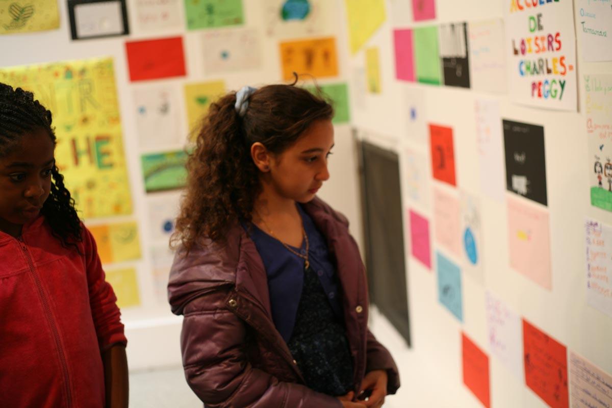 2-Exposition-des-textes-atelier-Le-Rideau-rouge-Colombes-Mai-2013
